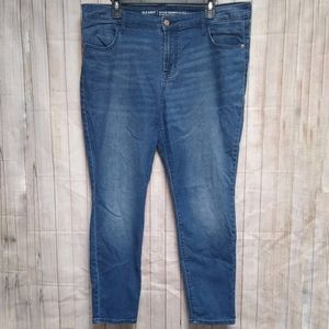 Old Navy Super Skinny Mid-Rise Jeans Sz 16 SHORT